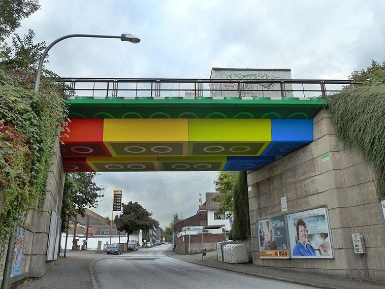 Lego Bridge OOH